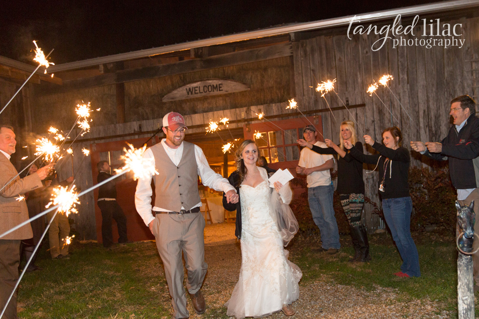 023-rustic-wedding-barn-sparklers