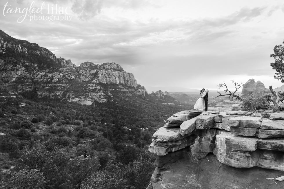 053-Sedona-wedding-red-rock-photographer