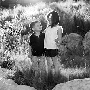 pine-canyon-family-photographer
